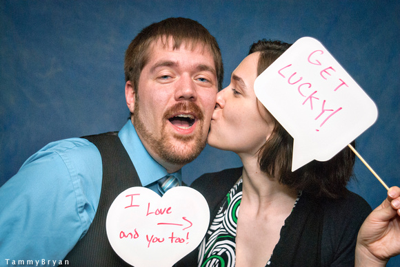MacKenzie and Matt Photobooth Photographs by Cincinnati wedding photographer Tammy Bryan
